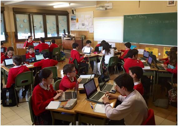 Imagen de alumnos trabajando